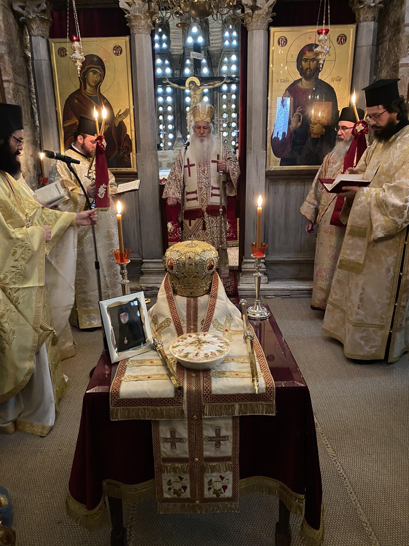 Χειροτονία Διακόνου και ετήσιο Μνημόσυνο μακαριστού Επισκόπου Ανδίδων κυρού Χριστοφόρου(ΦΩΤΟ)